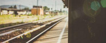 Jak taniej jeździć pociągiem